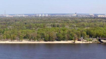 Труханов Остров, Украина